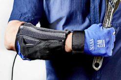 GM-NASA space robot partnership brings 'power' glove to life