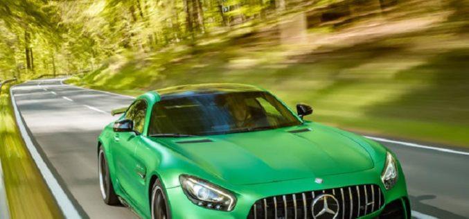 Intelligent Material Mix for Top Performance: Mercedes-AMG GT R Wins VDI Lightweight Design Award