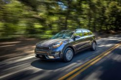 Kia motors America introduces 2018 Niro plug-in hybrid crossover at Los Angeles Auto Show