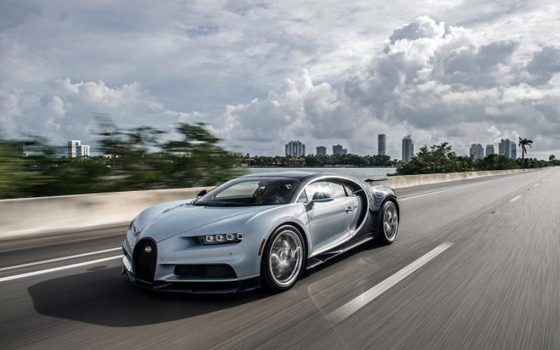 "Bugatti Chiron announced as ""Hypercar of the Year"" by BBC TopGear Magazine"